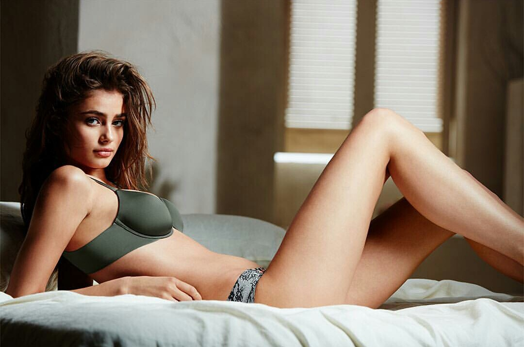 model, taylor hill, and underwear image