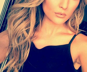 perrie edwards, little mix, and snapchat image