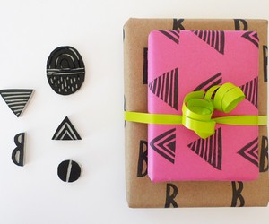 gift wraps, diy gift ideas, and diy gift wrap image
