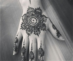 henna, tunisia, and hand image