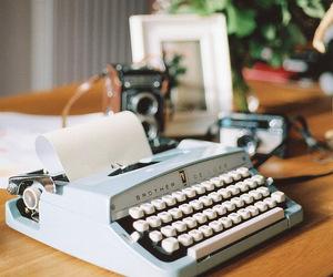 vintage, typewriter, and flowers image