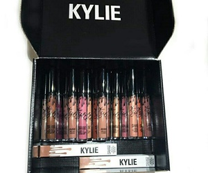 kylie jenner, lipstick, and makeup image
