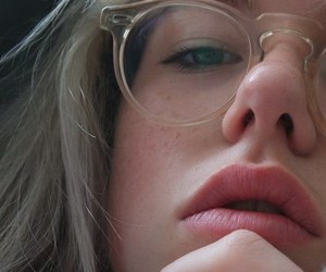 girl, glasses, and grunge image