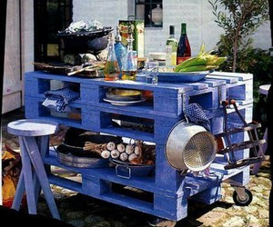 pallet tables, pallet table ideas, and diy pallet table image