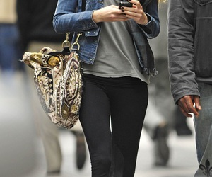 blake lively, gossip girl, and outfit image