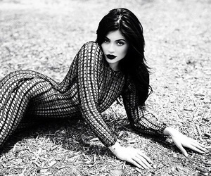 black and white, kendall jenner, and kylie image