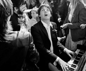 1981, Paul McCartney, and piano image