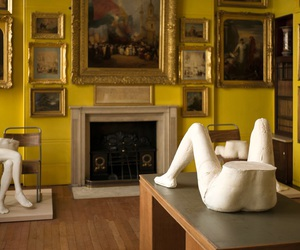 'art', 'yellow', and 'museum' image
