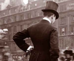 vintage, london, and man image