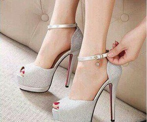 beautiful, chic, and zapatos image