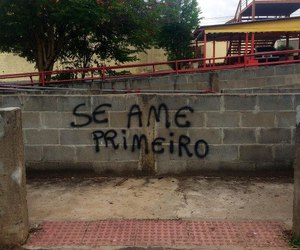 amor, grafite, and poesia image