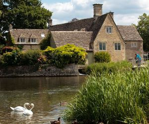 old house, english countryside, and cotswold image