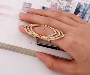 jewellry, knuckle ring, and jewelry image