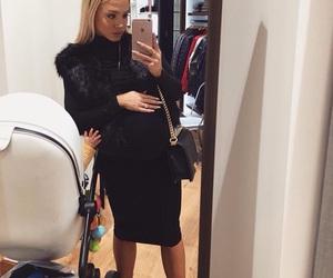 pregnant, babybump, and tammyhembrow image