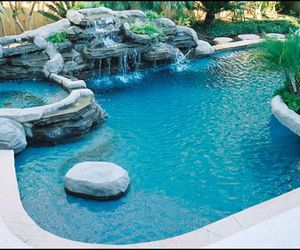 pool cleaning chemicals and swimmimg pool cleaning image