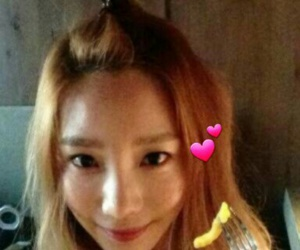 taeyeon, snsd, and instagram image