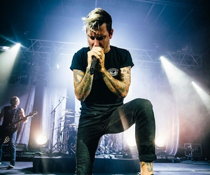 parkway drive, winston mccall, and metalcore image