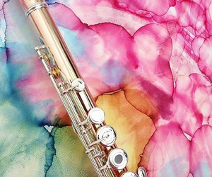 flute and rainbow colors image