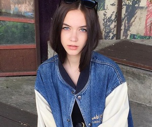 girl, aesthetic, and pale image