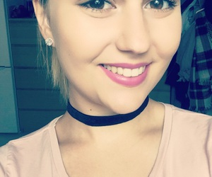 blogger, smile, and browneyes image
