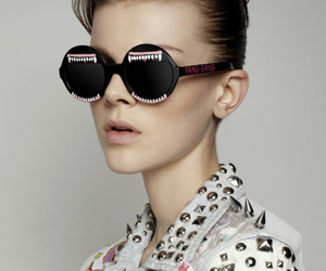 model, style, and sunglasses image