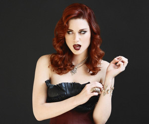 alexandra breckenridge, american horror story, and Hot image