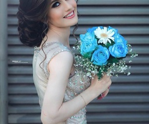 bride, smile, and flowers image