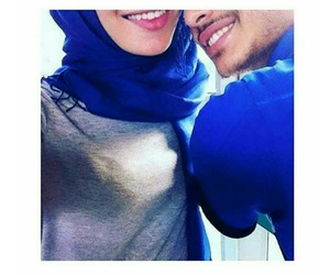 Bleu, couple, and islam image