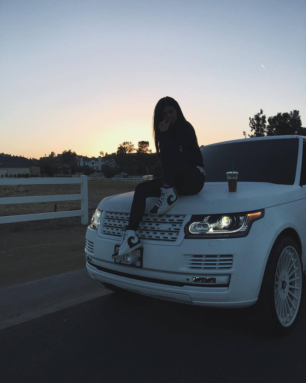 kylie jenner, car, and kyliejenner image