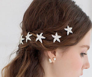 hairpins, starfish, and accessories hair image