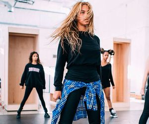 beyoncé, queen b, and beyonce knowles image