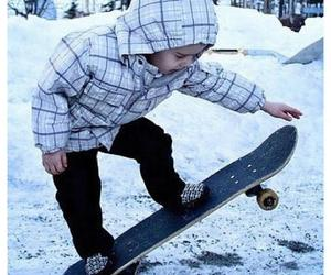 justin bieber, skate, and boy image