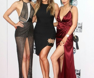 fashion, red carpet, and kendall jenner image