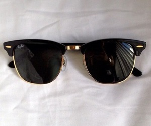 sunglasses and ray bands image