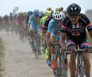 cobbles, cycling, and tourdefrance image