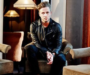 ryan tedder image