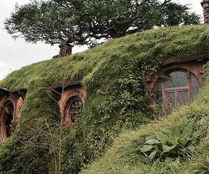 home, peter jackson, and tolkien image