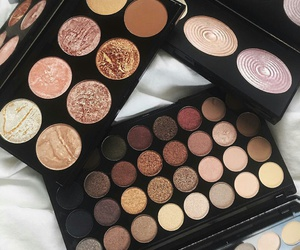 beauty, eyeshadow, and palettes image