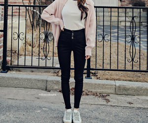 girl and outfit image