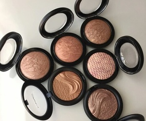 contour, mac, and loveit image