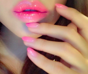 pink, lips, and nails image