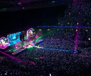 aesthetic, coldplay, and concert image