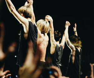 one ok rock, jrock, and toru image