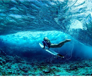 ocean and surf image