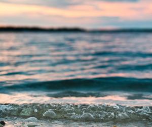 pretty and sea image