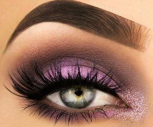 make up and lashes image