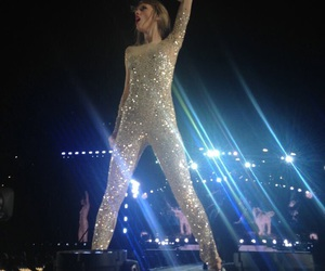 front row, taylor, and Taylor Swift image