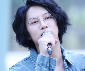 glasses, ้heechul, and handsome image