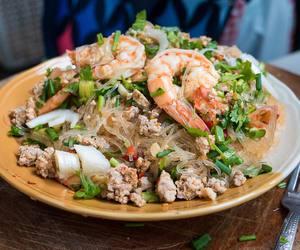 prawn, salad, and shrimp image