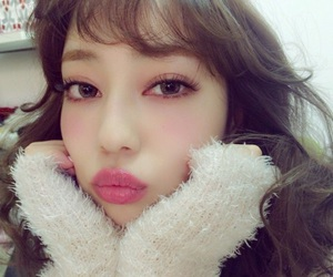 Image by ♡ m ♡